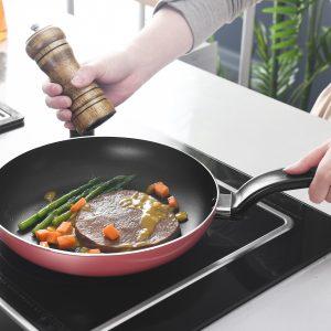 Recuperar sartenes que se pegan. Cocinar.