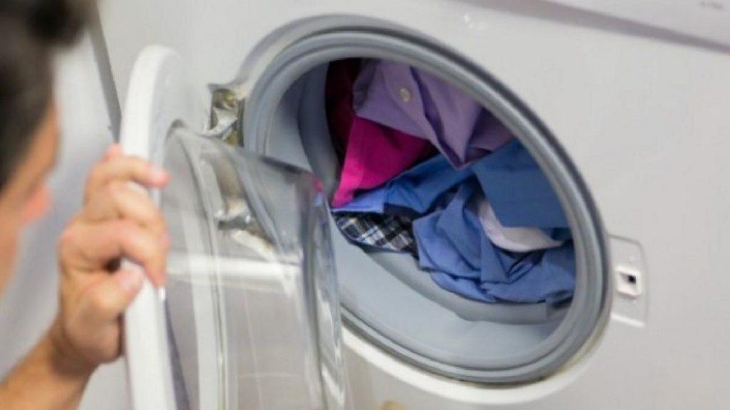 lavadora llena media carga