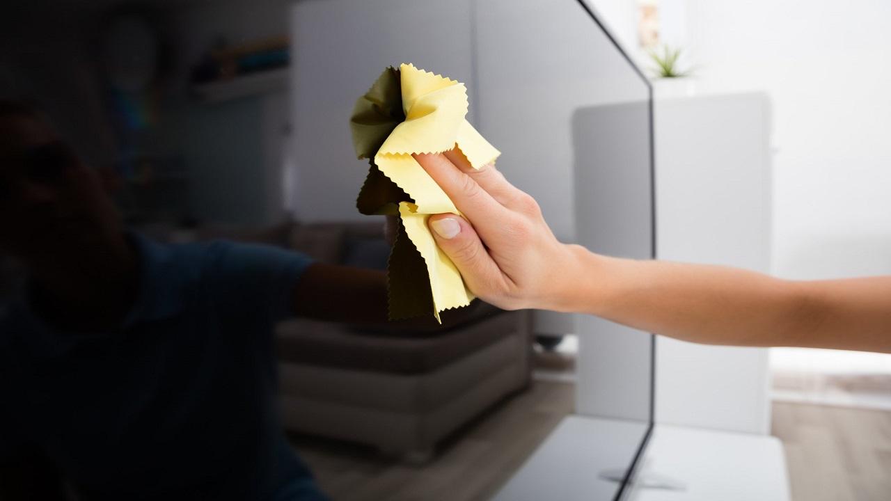 limpiar la pantalla de la tele