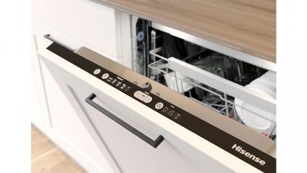 Hisense HS6130W, un lavavajillas con capacidad de 16 servicios