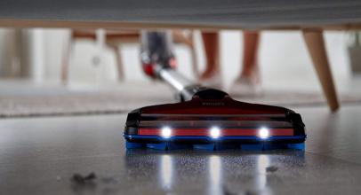 Philips SpeedPro Max, robot aspirador con cepillo succión 360º