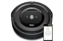 Roomba E5, robot de limpieza con sistema avanzando